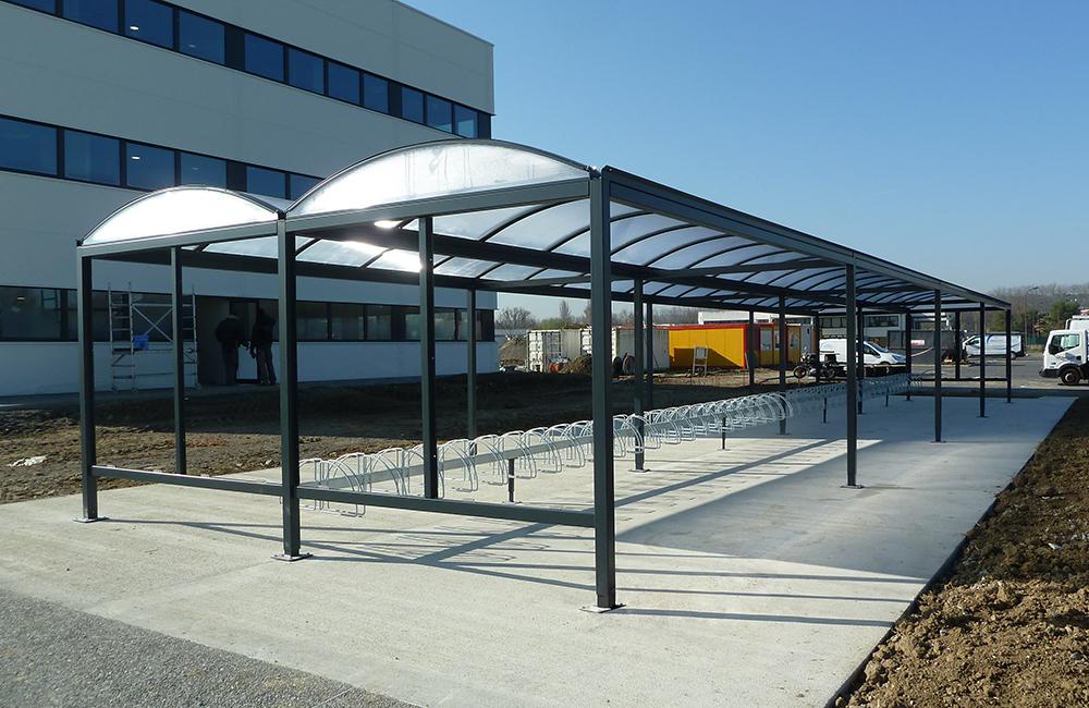 Abri Plus - Abri bicyclettes - Stationnements des velos - Modèle Varennes - CNES - Toulouse (31)