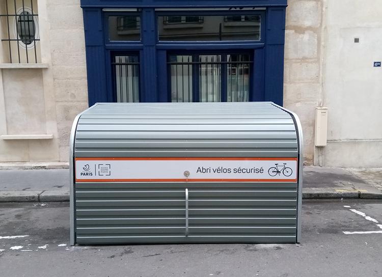 Abri Plus - Bikebox Cooma dans le quatrième arrondissement de Paris - impasse Guéménée 75004