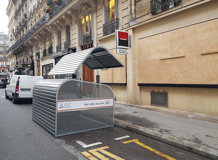 Abri Plus - Consigne 6 velos bikebox Modèle Cooma à Paris 4ème arrondissement - rue Jacques Coeur