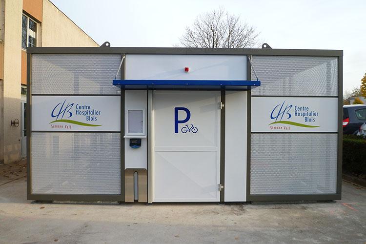 Centre Hospitalierr de Blois 41 - Abri Vélos Sécurisé NOMAD - Pret à poser - Grande Capacité de Vélos.jpg