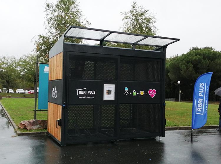 Nouvelle innovation abri plus - Abri Kompact avec panneaux solaires