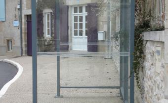 Abri voageurs - Bellecombe - Simple sans assise - Mairie Gouex (86)