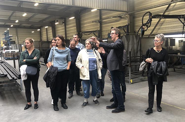Une délégation visite l'usine d'Abri Plus dans le cadre des RNTP - made in Pays de la Loire